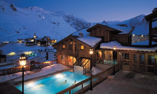 hotel-village-montana6.jpg