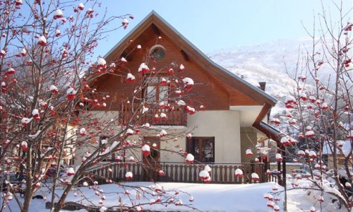 residence-chalet-les-ecrins1