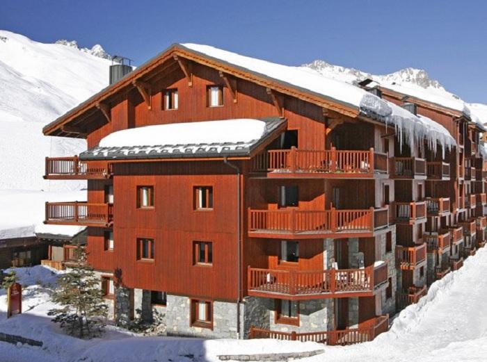 residence-pierre-et-vacances-premium-l-ecrin-des-neiges2