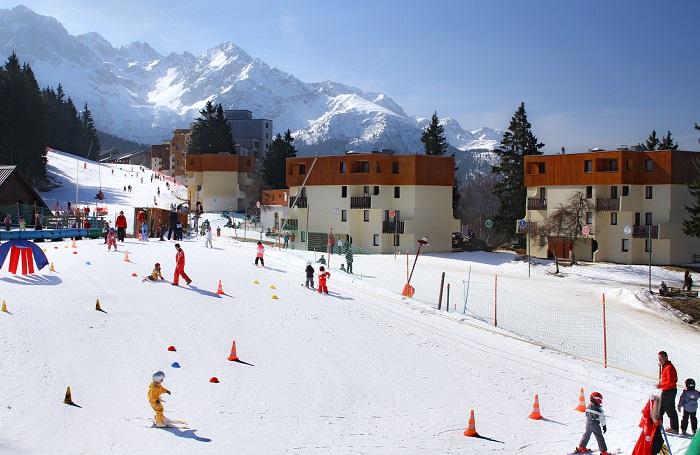 vvf-village-les-adrets3