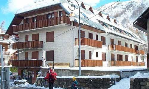 residence-le-cret-de-pere1