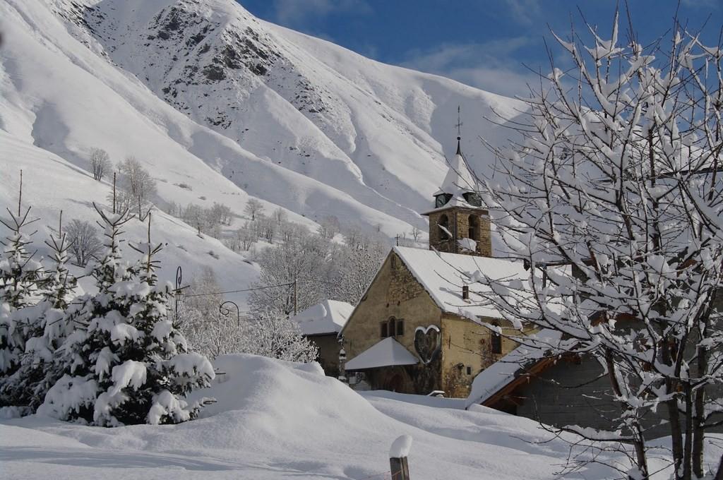 (c) OT Saint Sorlin d'Arves/E.AXELRAD